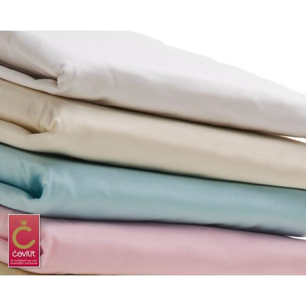 Figaro Topper Satijn hoeslaken geweven van het merk Cevilit